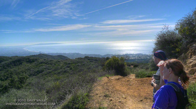Santa Monica Bay from the Temescal Ridge Trail, near Skull rock. Palos Verdes Peninsula and Catalina can be seen in the distance.